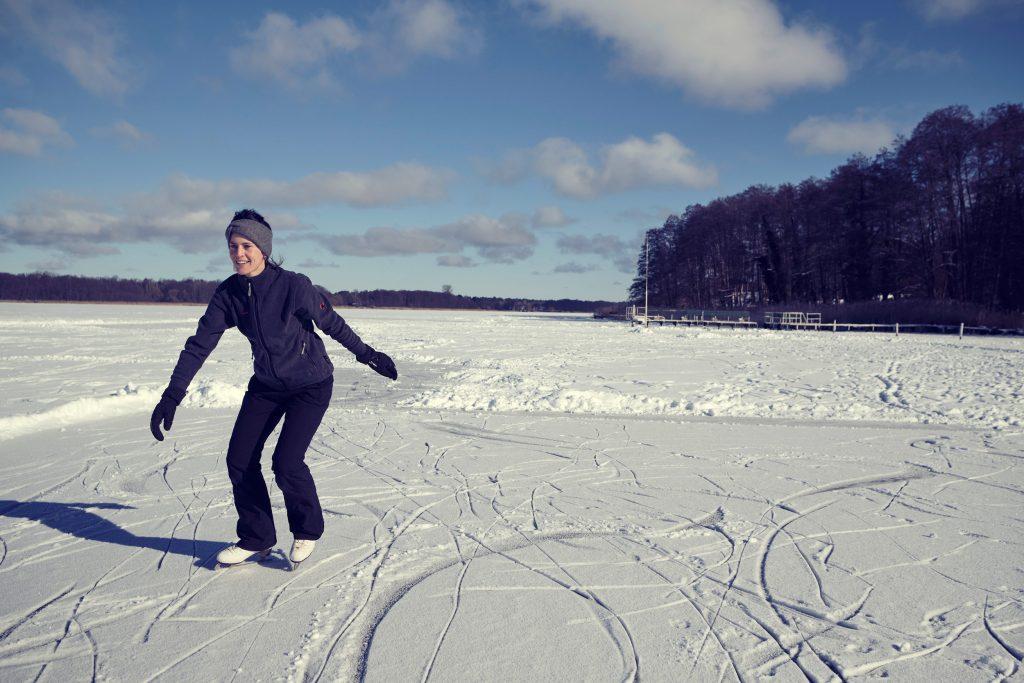 iceskating winter schlittschuhfahren brandenburg berlin