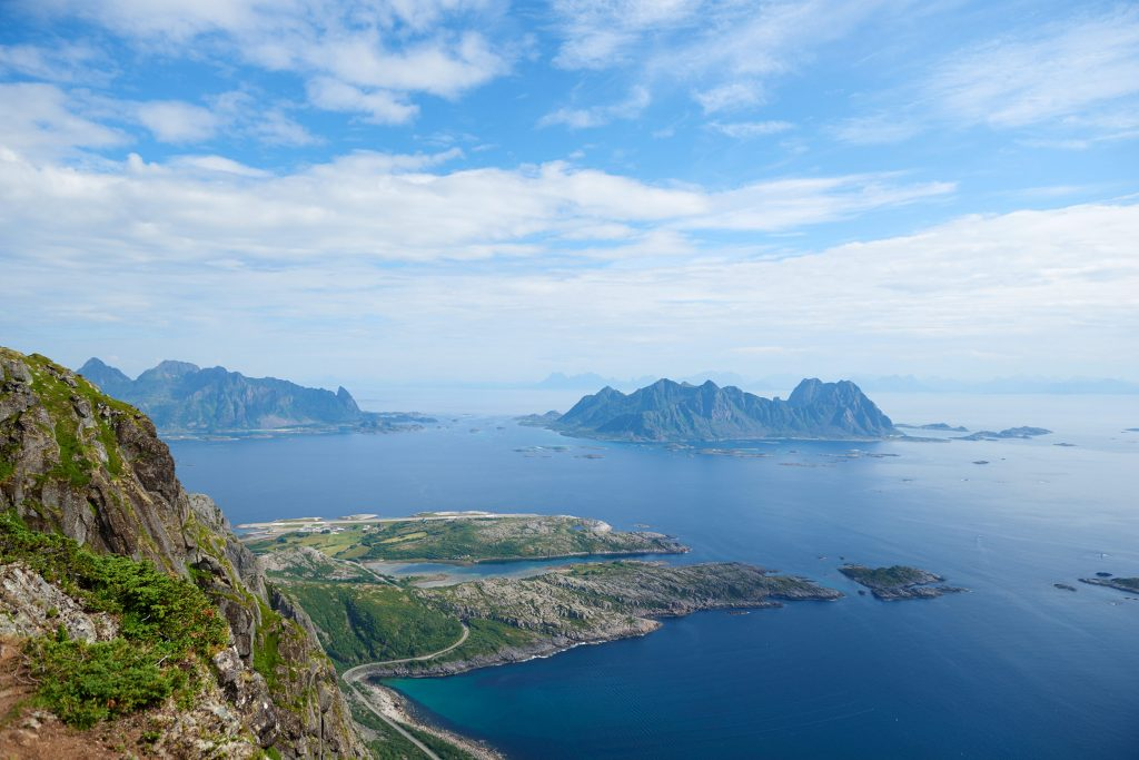 Raodtrip Norwegen Lofoten Wandern Hütten Fjord