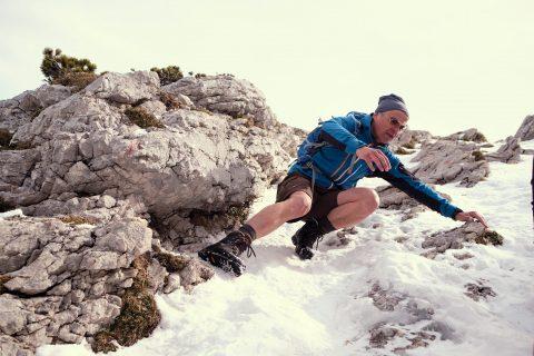 Bayern Kampenwand Chiemsee Wandern Gipfel Winter
